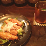シーガル - 鶏皮ぎょうざ/モスコミュール