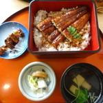 Saikyougenya - 鰻重松御膳 1830円(税込)茶わん蒸し、海鮮サラダ、キモ焼き、汁物
