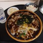 五郎八 - 料理写真:肉きのこうどん