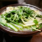 森川 - 水炊きはつくねがデフォルトで入っています。
