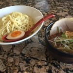 麺処 蓮海 - まぐろ豚骨醤油つけ麺