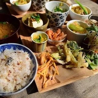 食堂ことぶき - 料理写真:日替わりごはんプレート
