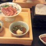 3498859 - 松花堂牛肉の石板焼と小鉢