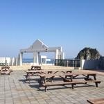 道の駅 白崎海洋公園 - テラス席