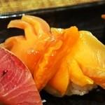 幸ちゃん寿司 - 赤貝