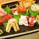 幸ちゃん寿司 - 刺身盛り合わせ