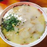 龍王 - ラーメン「美味〜」 スープも豚骨ラーメンの中で一番好きです。