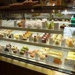 3499351 - ケーキのウインドー