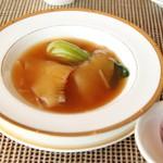 中国料理 皇苑 - ふかひれの姿煮2