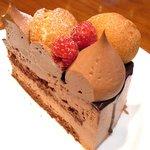 34990986 - キングチョコレートケーキ<店舗限定> 880円