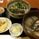 港食堂 - かき丼+漁師汁