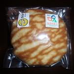 三桝屋 - 料理写真:ありの実どら焼き 160円