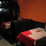 カレー&多国籍ダイニング Do-Mo - テーブル席