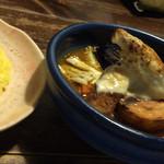 アジアンスープカリー べす - フィッシュフライ&焼チーズカリー(930円)