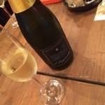 35006717 - シャンパン