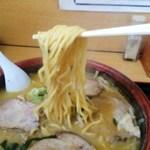 三藤 - 料理写真:麺アップ