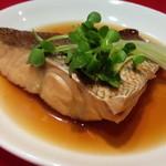 バッシー7 - 真鯛煮付け 350円