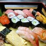 八栄鮨 - 料理写真:板長おすすめ 2,700円