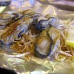 なおさか - 『牡蠣バター焼』ぷりぷりな広島県産の牡蠣をバター醤油で炒めました! 説明不要の冬の王道の一品をリーズナブルにご提供します☆