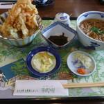 ビオトープ芽吹き屋 - ミニ丼とかけそば゙910円