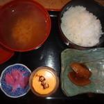 保田食堂 萬壽山 - 定食