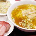 中華料理 太一 - チャーシューメン、半チャーハンセット