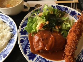レストランMITA - ハンバーグと海老フライのペアランチ