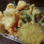 魚作 - 野菜たっぷりのキス天