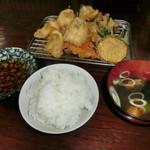 魚作 - 野菜たっぷりのキス天定食
