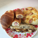リヨン わかば - 塩パン、ウインナー入りBP味のフランスパン 塩味のソーセージパン