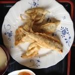 山盛食堂 - 『鰯と玉葱の天ぷら』