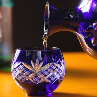 日本酒は常時約30種。希少銘柄ございます!