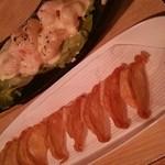 一心 - チーズ餃子550円 エビマヨソース860円