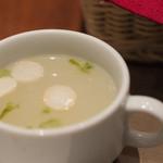 グリル マルヨシ - 2)セットの塩麹のスープ(ランチに付いています)