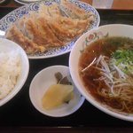 餃子の王将 - 料理写真:ぎょうざ定食798円