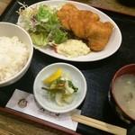 オーデン - チキン南蛮定食(800円)