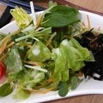レイ アロハ - ランチのサラダ