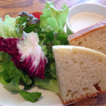TRIPPERIA BAL GLAMS - サラダ・スープ・ピクルス・自家製フォカッチャ