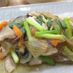 福岡薬院 タニタ食堂 - メインのサワラの野菜あんかけ。美味しいのですが、味がかなり薄いです。 でも、とても身体に良さそうです。