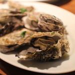 チャオベッラ - 広島産かきの白ワイン煮