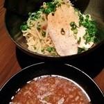 黒船 - 海鮮屋の濃厚節つけ麺