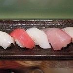 にぎり鮨 魚魚 - ドリンクセットのにぎりずし