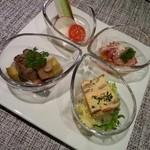35084963 - ステーキ丼ランチにつく  前菜四種もり