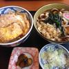 更科 - 料理写真:ミニカツ丼セット(うどん)
