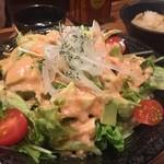 35087251 - エビアボガドサラダ・鶏皮ポン酢