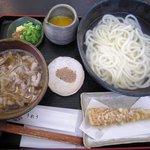 うれう - 釜揚げつけ麺 880円