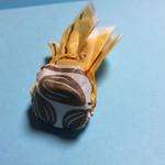 ローザー洋菓子店 - アーモンド