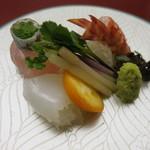 匠の宿 佳松 - 向付 季節の鮮魚の造り サイマキ海老 真鯛 烏賊
