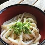 橋本製麺所 - 今回は、マイ丼持参で挑みました~♫