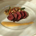 35110089 - 【平日限定ランチ】メイン:燻製をかけた牛肉のソテ